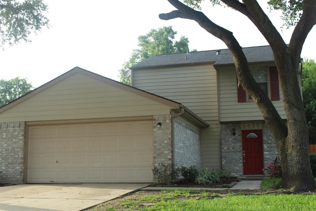 5430 Sugar Creek Drive Property Photo - La Porte, TX real estate listing