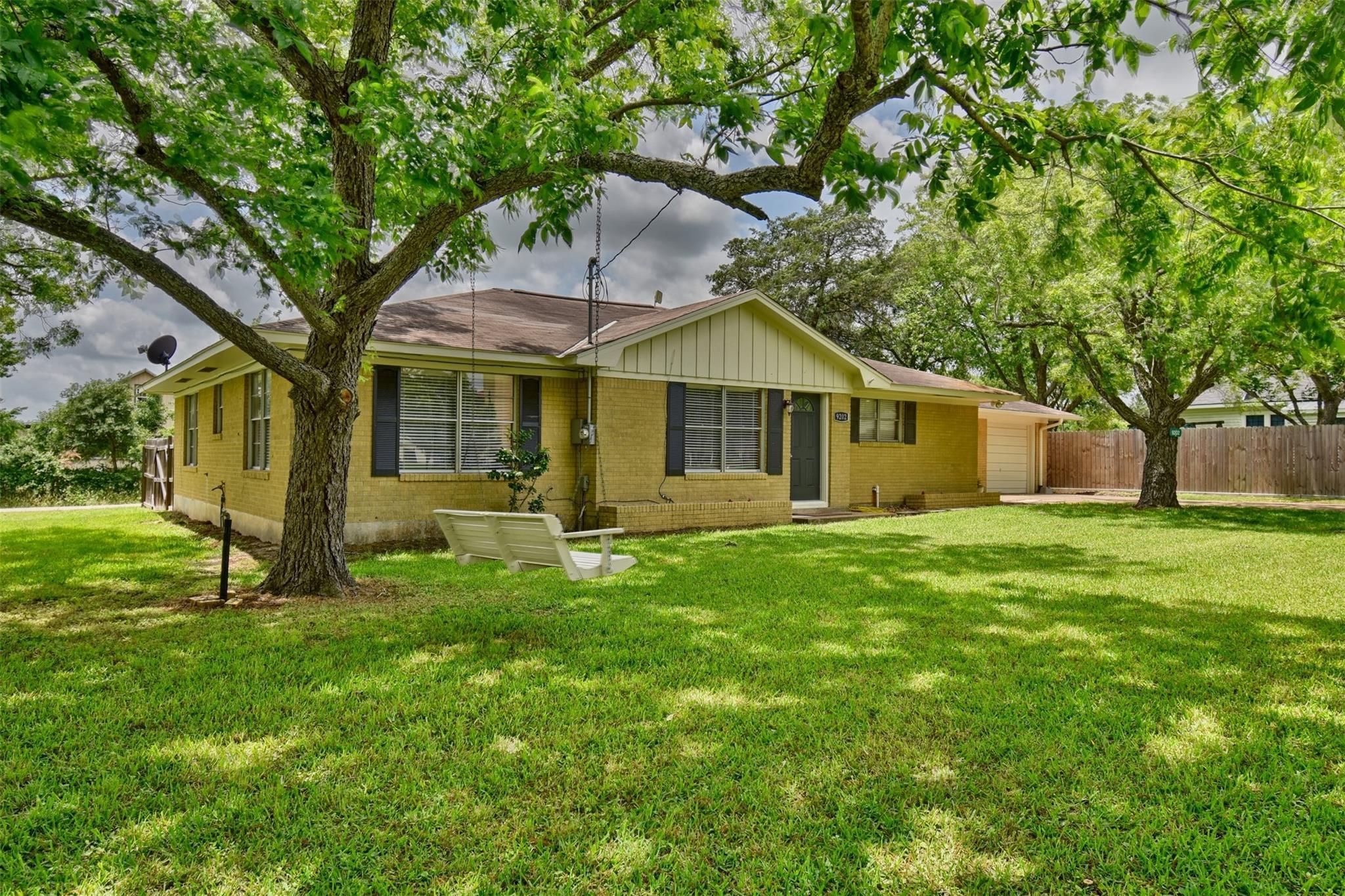 9202 Fm 1371 Property Photo 1
