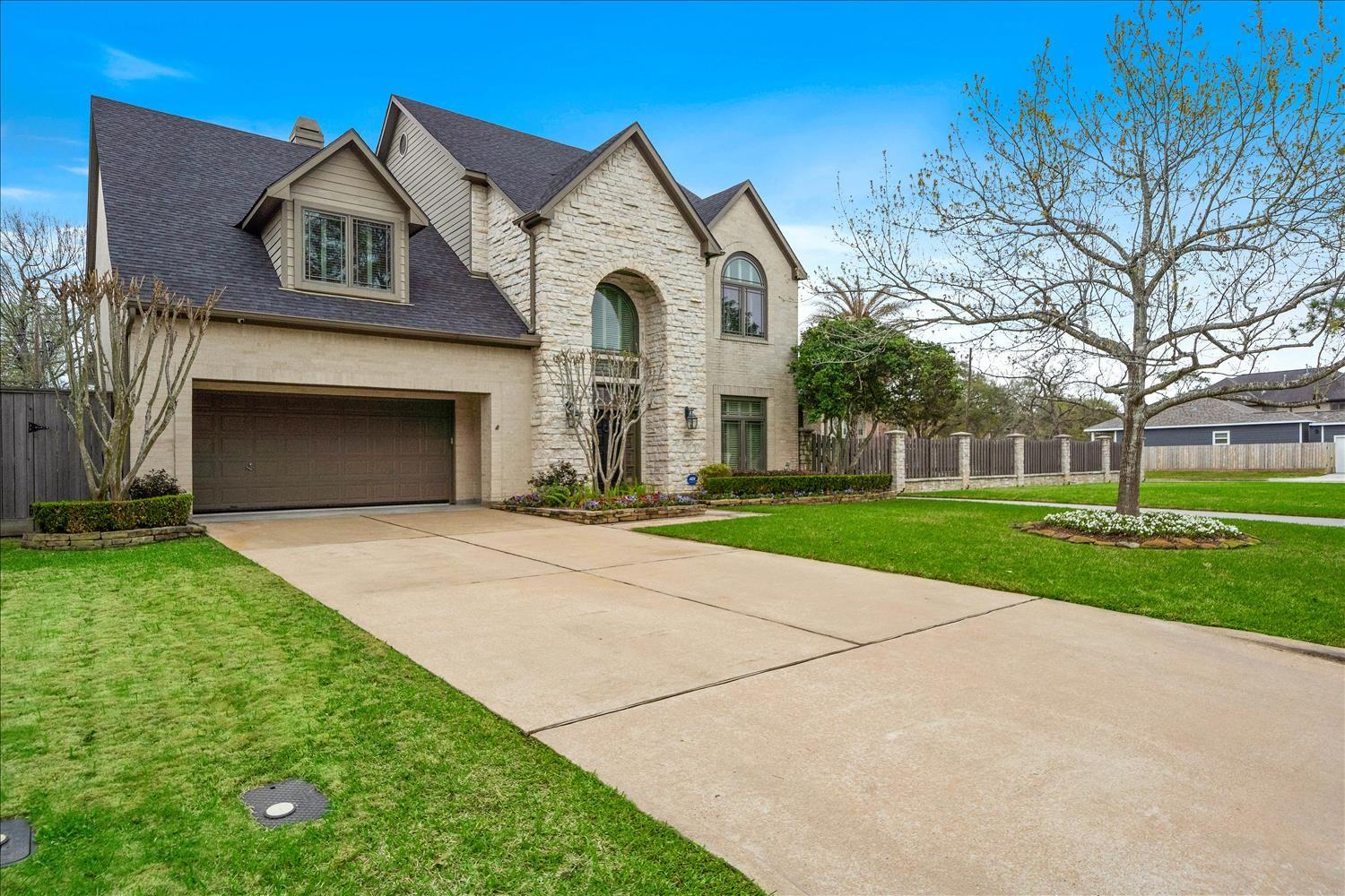 4502 Braeburn Drive Property Photo - Bellaire, TX real estate listing