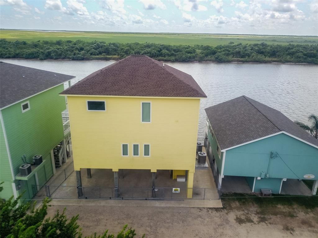 162 Private Road 670 Property Photo - Matagorda, TX real estate listing