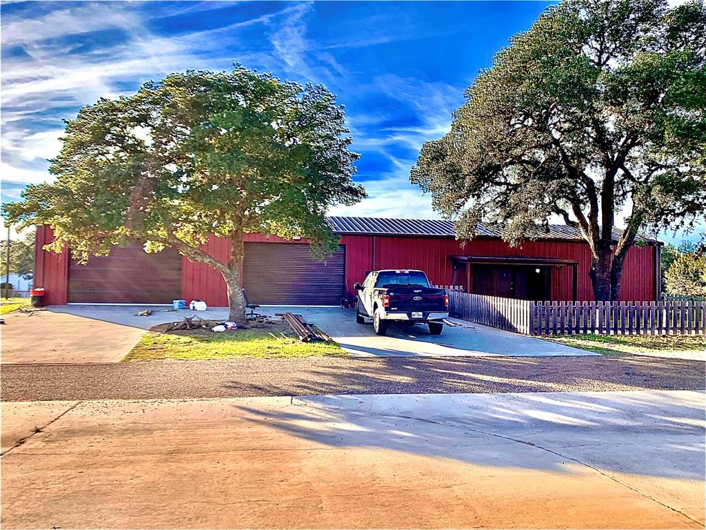 5603 W 6th Street, Sheridan, TX 77475 - Sheridan, TX real estate listing