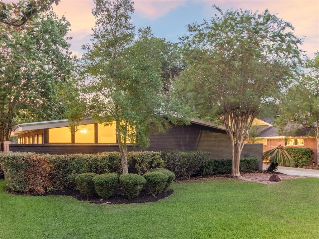 10414 Cliffwood Drive Property Photo - Houston, TX real estate listing