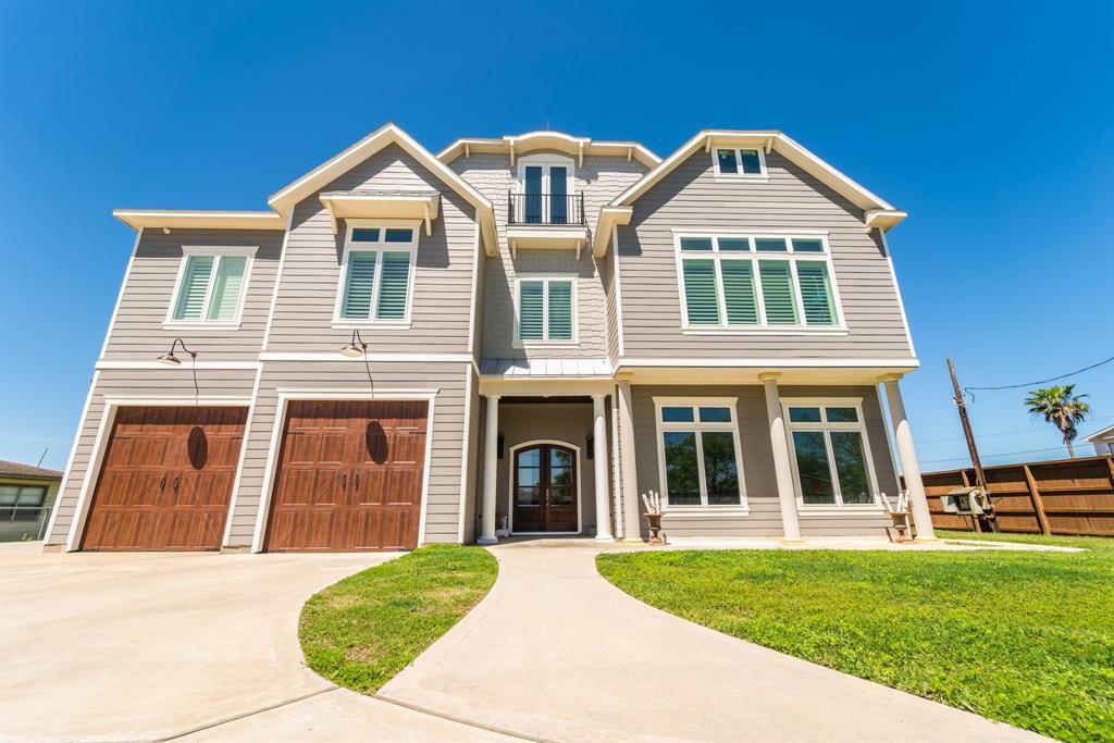 301 Avenue A Property Photo - San Leon, TX real estate listing