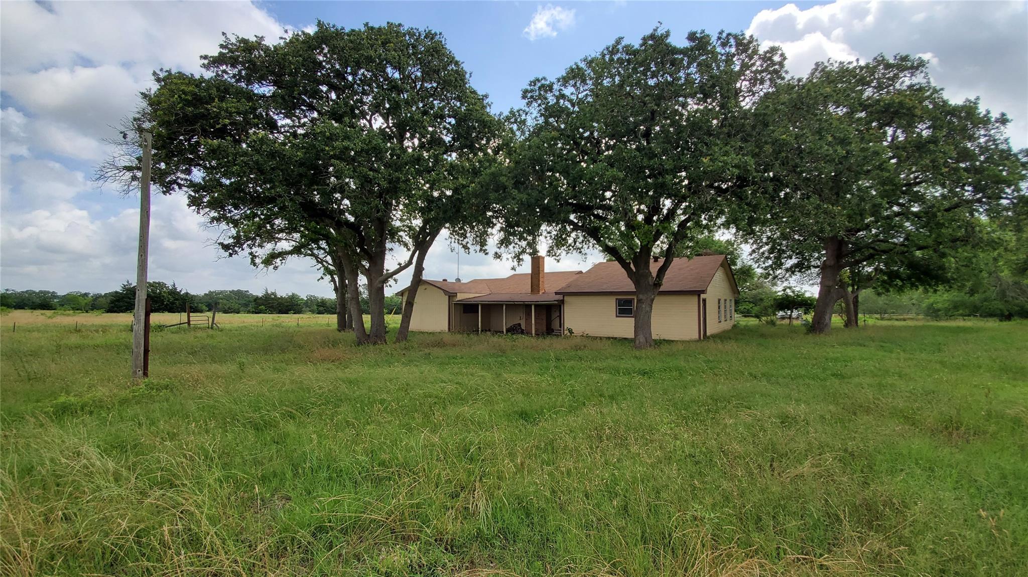 1652 Hollis Road Property Photo