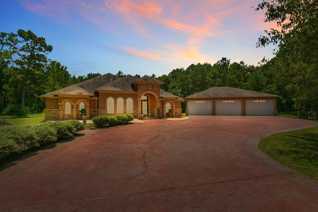 9227 Faulkner Road Property Photo - Cleveland, TX real estate listing