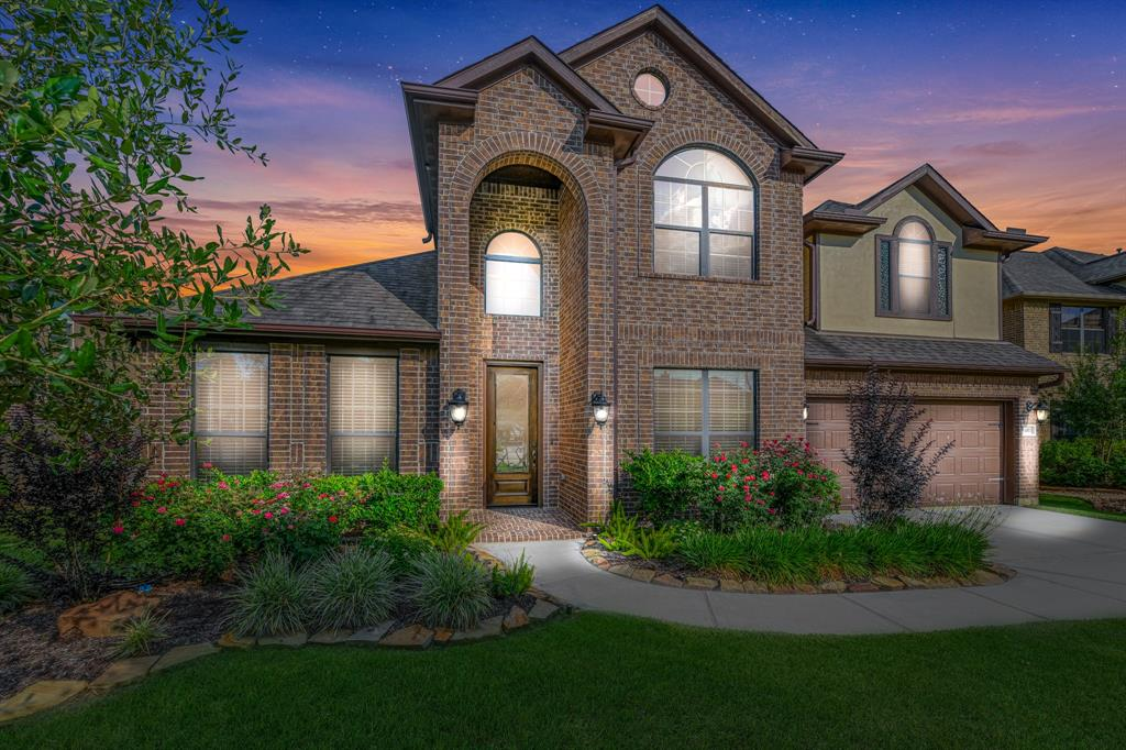 11007 Arthurian Dream Court Property Photo - Tomball, TX real estate listing