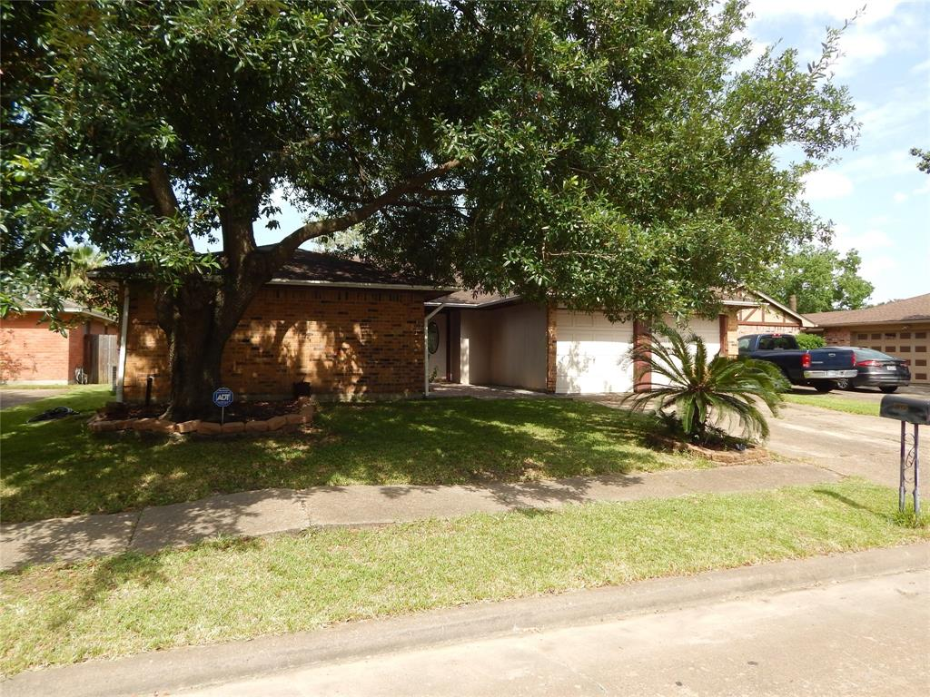 1354 Leadenhall Circle Property Photo - Channelview, TX real estate listing
