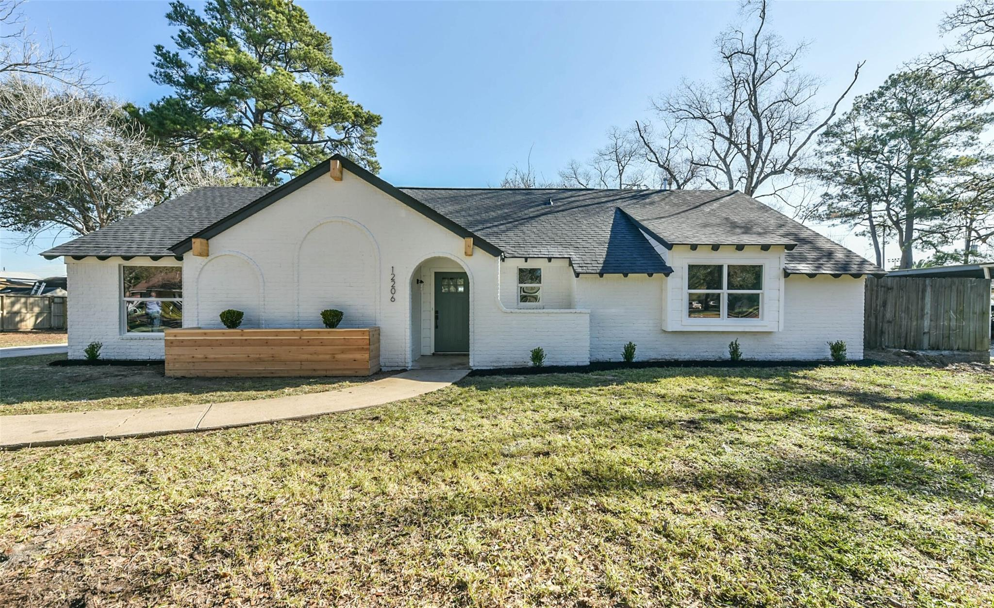 12206 Cypress Place Drive Property Photo - Houston, TX real estate listing