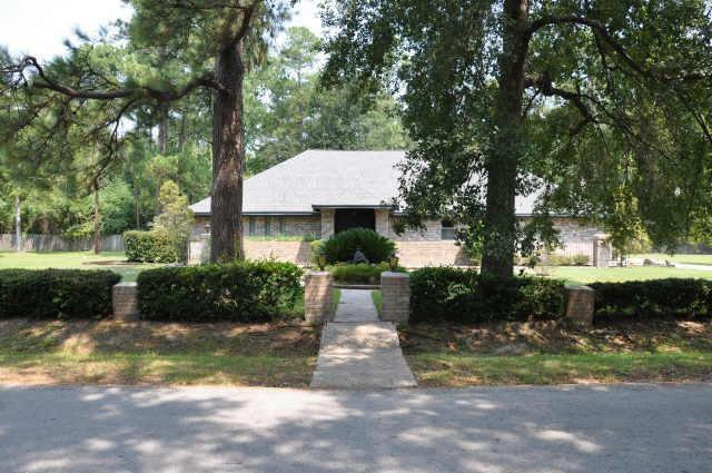 1927 Wel-Don DR Drive Property Photo - Houston, TX real estate listing