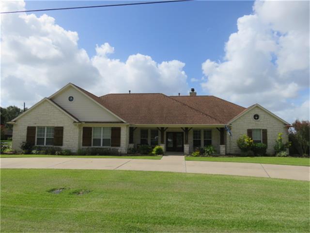 1201 Chapel Lane Property Photo - El Campo, TX real estate listing