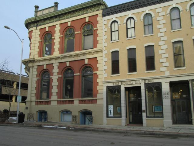 S 105 4th Street Property Photo 1