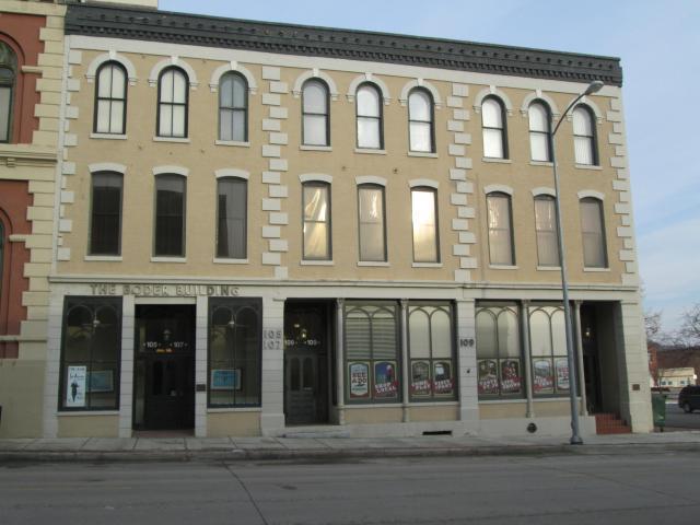 S 107 4th Street Property Photo