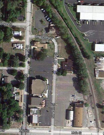 E 1405 Main Street Property Photo 10