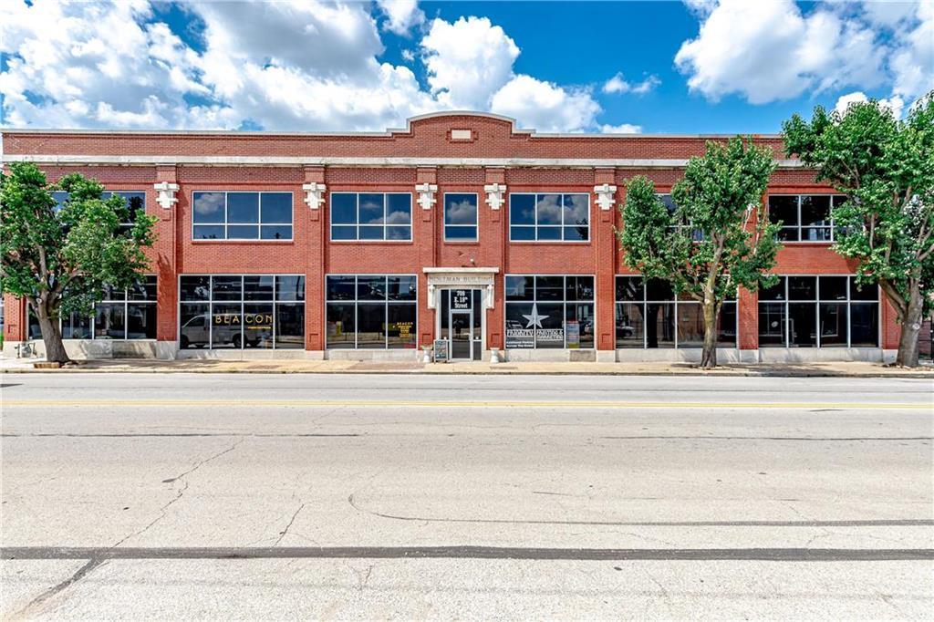 E 708 18th Street Property Photo 1