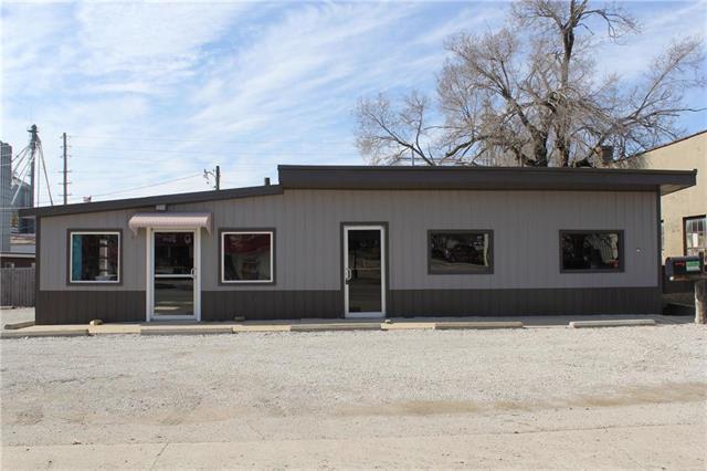 202 N Orange Street Property Photo - Butler, MO real estate listing