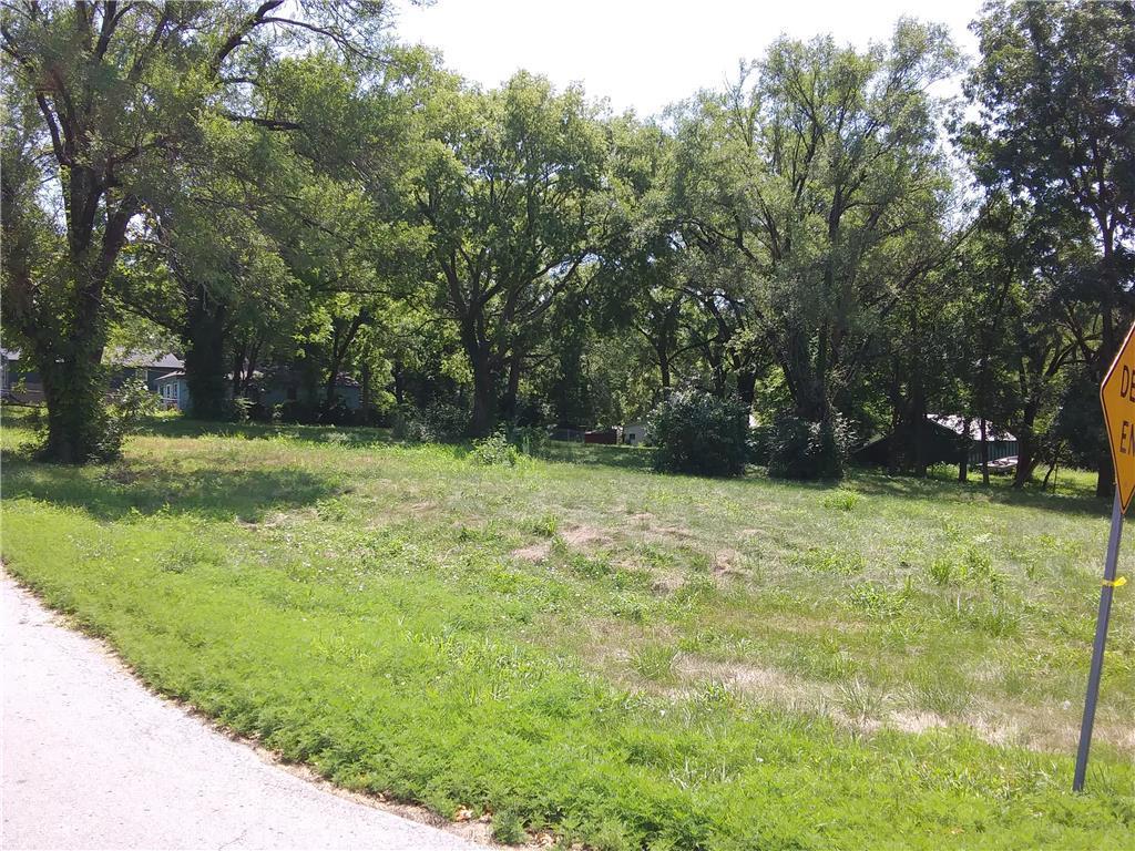 12005 Henry Street Property Photo - Sugar Creek, MO real estate listing