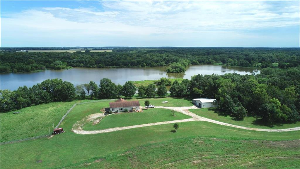6399 S 800 Road Property Photo - Rich Hill, MO real estate listing