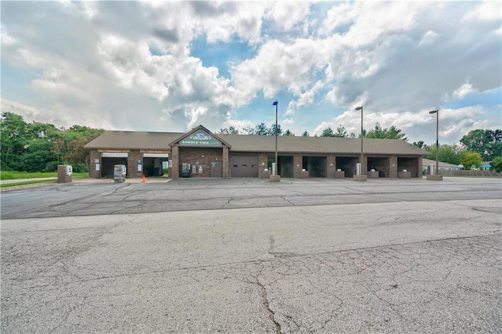 635 Ne Woods Chapel Road Property Photo 14