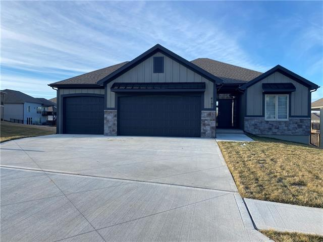 4105 NE 88 Street Property Photo - Kansas City, MO real estate listing