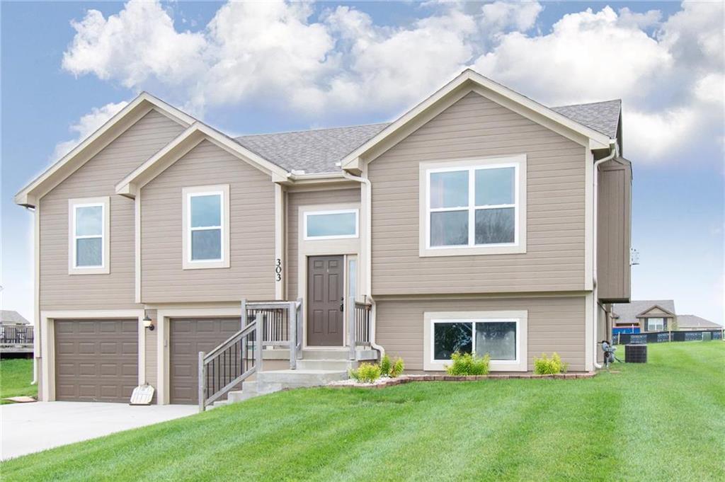 303 193rd Street Property Photo