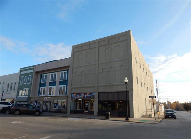 104 E Third Street Property Photo 1