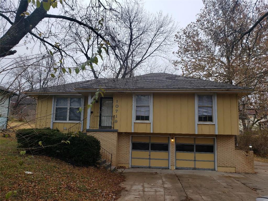 10719 Hillcrest Road Property Photo - Kansas City, MO real estate listing