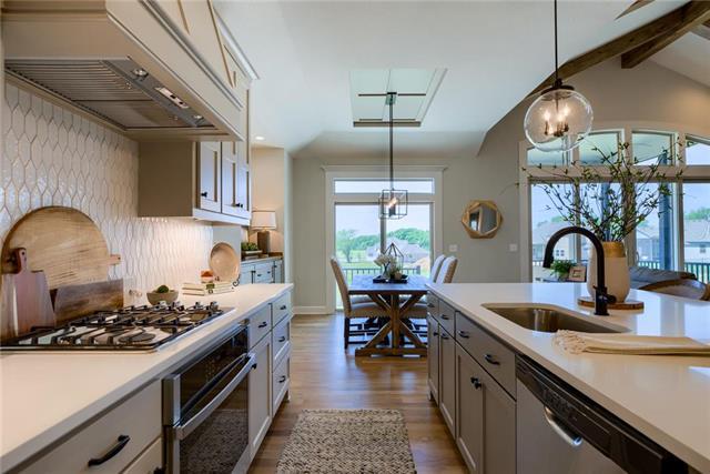 15745 W 165th Terrace Property Photo 1