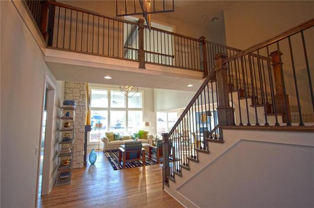 17544 Manor Street Property Photo - Overland Park, KS real estate listing