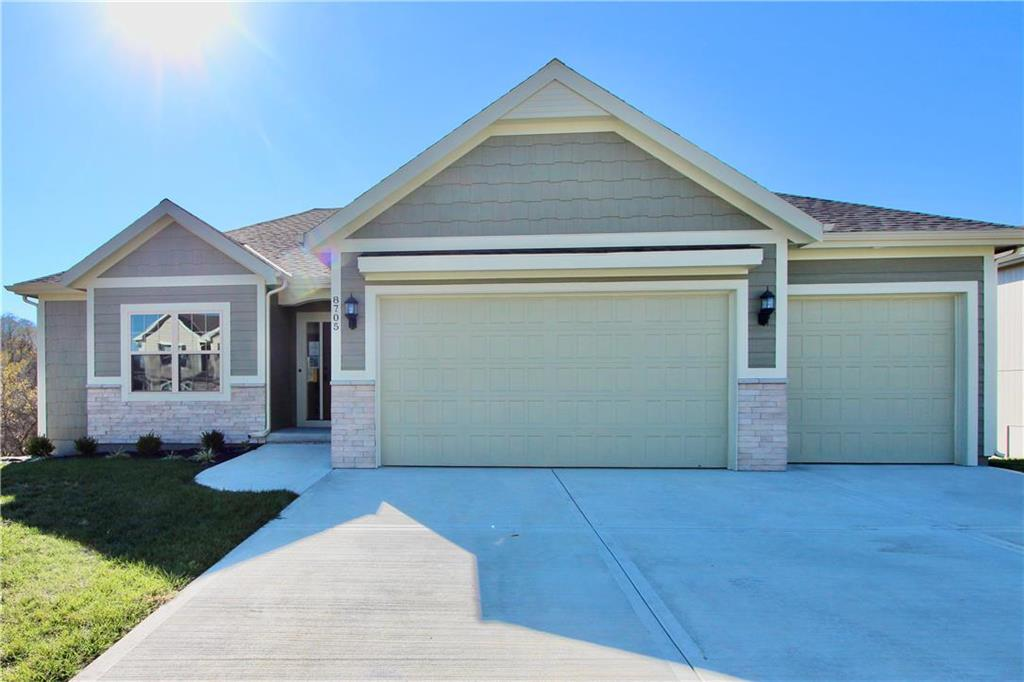 8705 NW 74th Street Property Photo - Kansas City, MO real estate listing