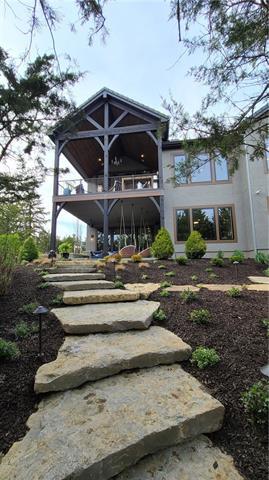 21221 W 94th Terrace Property Photo 10