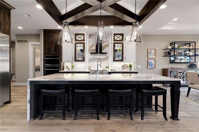 21221 W 94th Terrace Property Photo 24