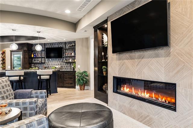 21221 W 94th Terrace Property Photo 47