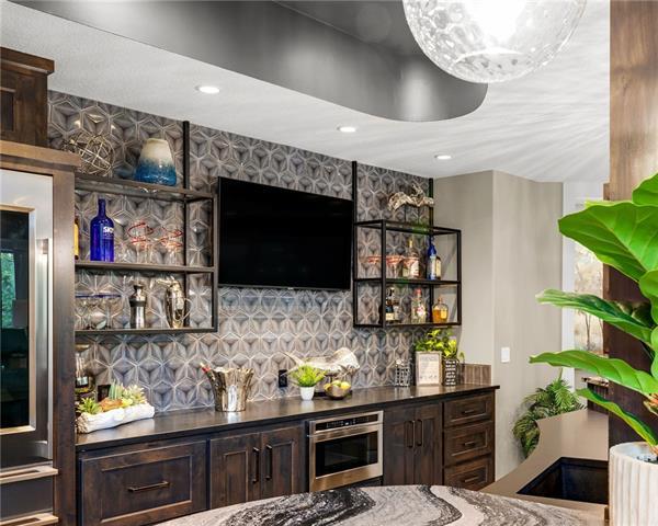 21221 W 94th Terrace Property Photo 53