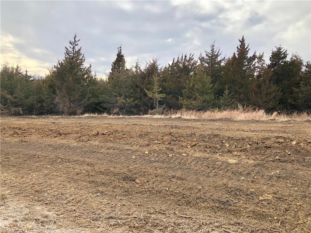 12580 S Shady Bend Road Property Photo - Olathe, KS real estate listing