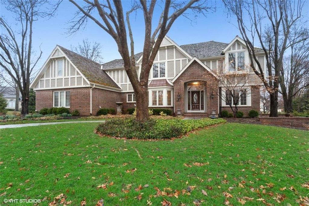 2240 W 118th Terrace Property Photo - Leawood, KS real estate listing