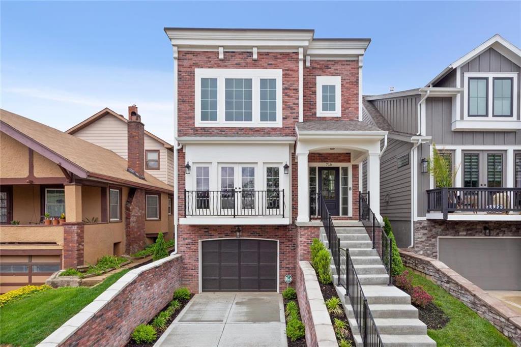 717 W 44th Terrace Property Photo - Kansas City, MO real estate listing