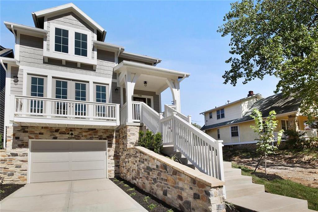 721 W 44th Terrace Property Photo - Kansas City, MO real estate listing