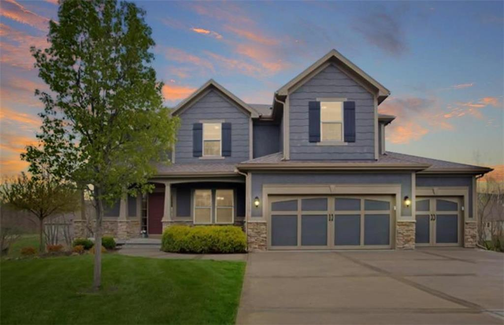 1315 Timber Ridge Court Property Photo - Liberty, MO real estate listing