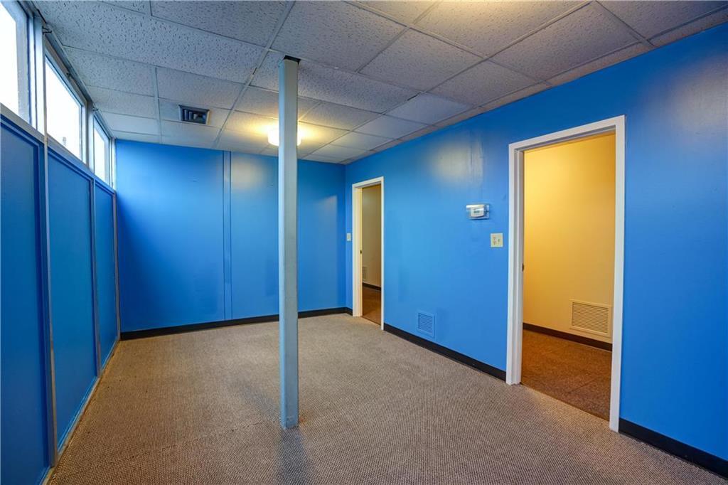 300 Se Blue Parkway Property Photo 63
