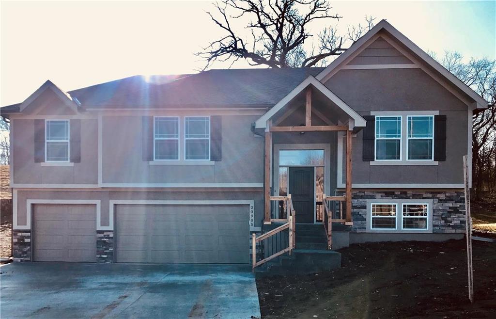 20917 E 50th Terrace Drive Property Photo - Blue Springs, MO real estate listing