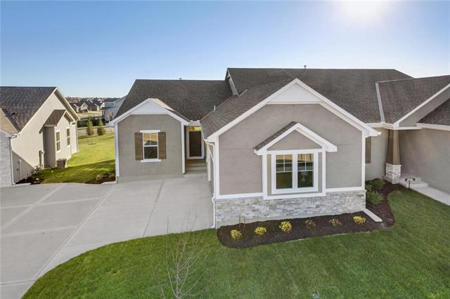 16933 S Heatherwood Street Property Photo - Olathe, KS real estate listing
