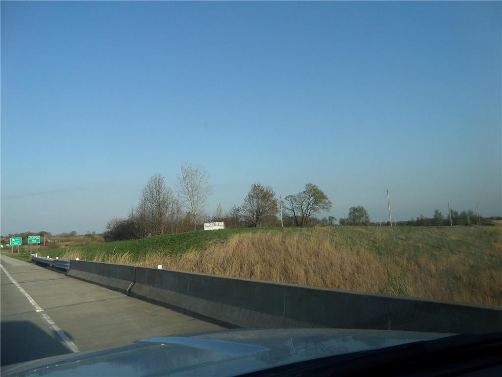 13674 224 Highway Property Photo