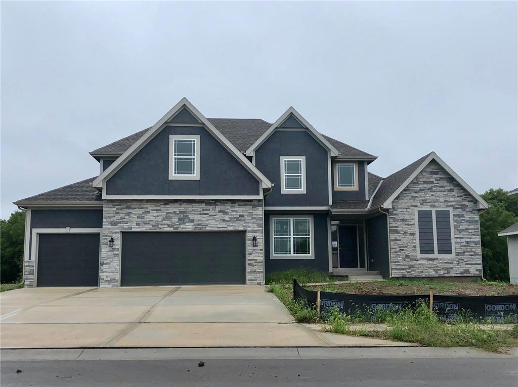 8009 NE 102nd Street Property Photo - Kansas City, MO real estate listing