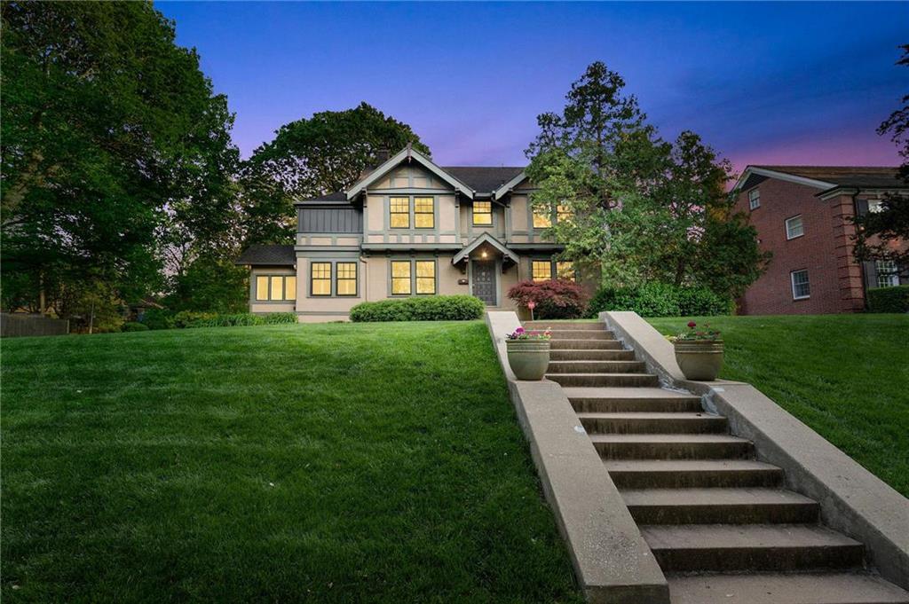 Country Club Ridge Real Estate Listings Main Image