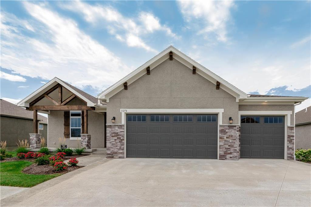 11278 S Violet Street Property Photo - Olathe, KS real estate listing