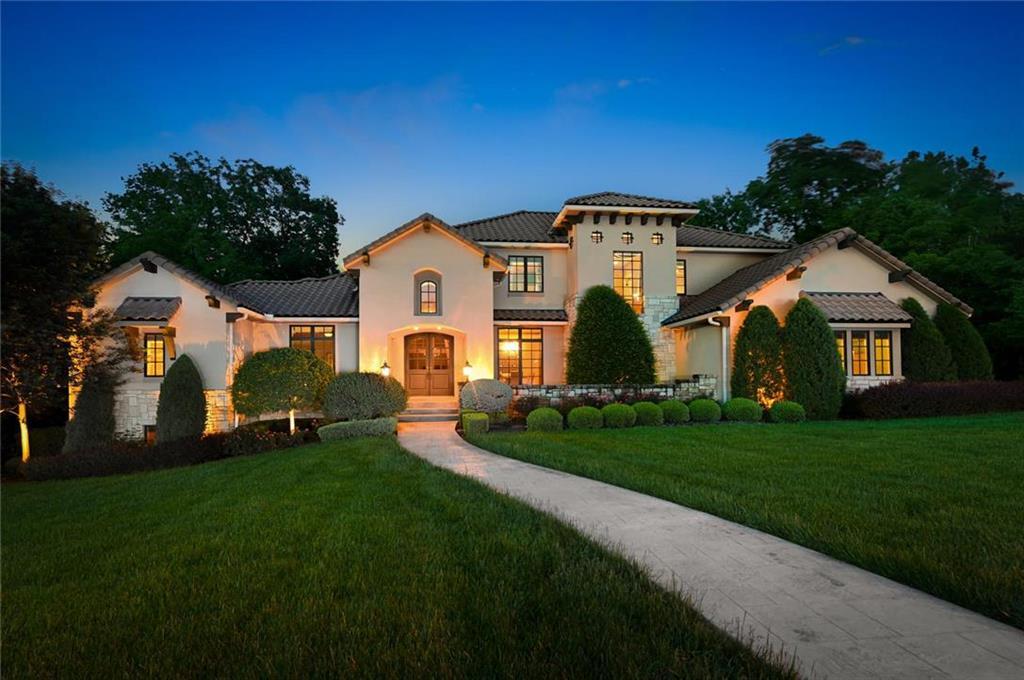 4501 N Hickory Lane Property Photo - Kansas City, MO real estate listing