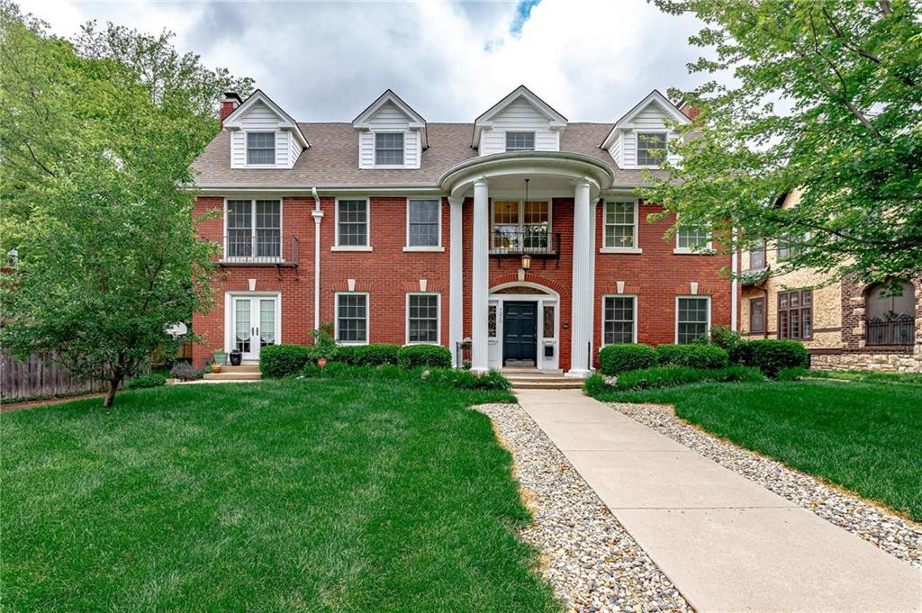 1230 W 61st Terrace Property Photo - Kansas City, MO real estate listing