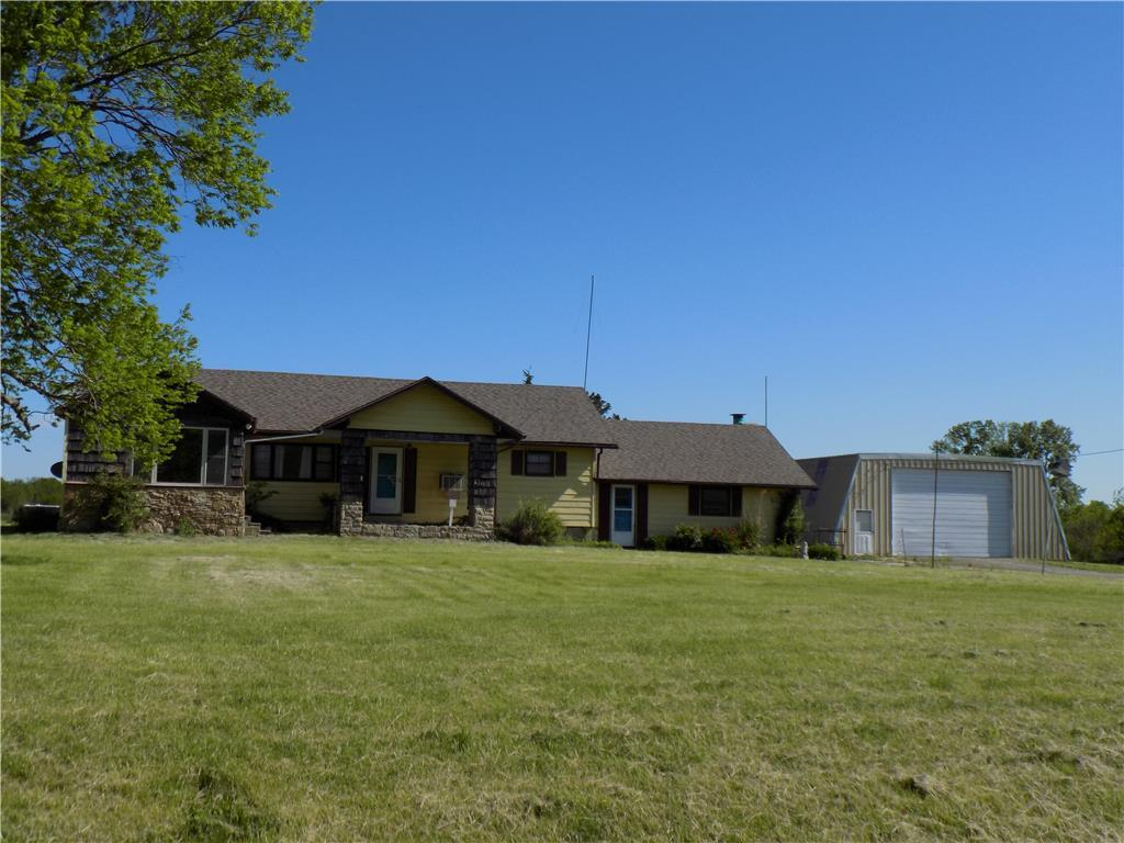 32147 NE 1700th Road Property Photo - Garnett, KS real estate listing