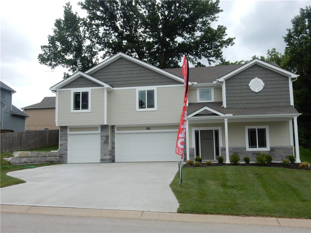 3010 S Hill Avenue Property Photo - Blue Springs, MO real estate listing
