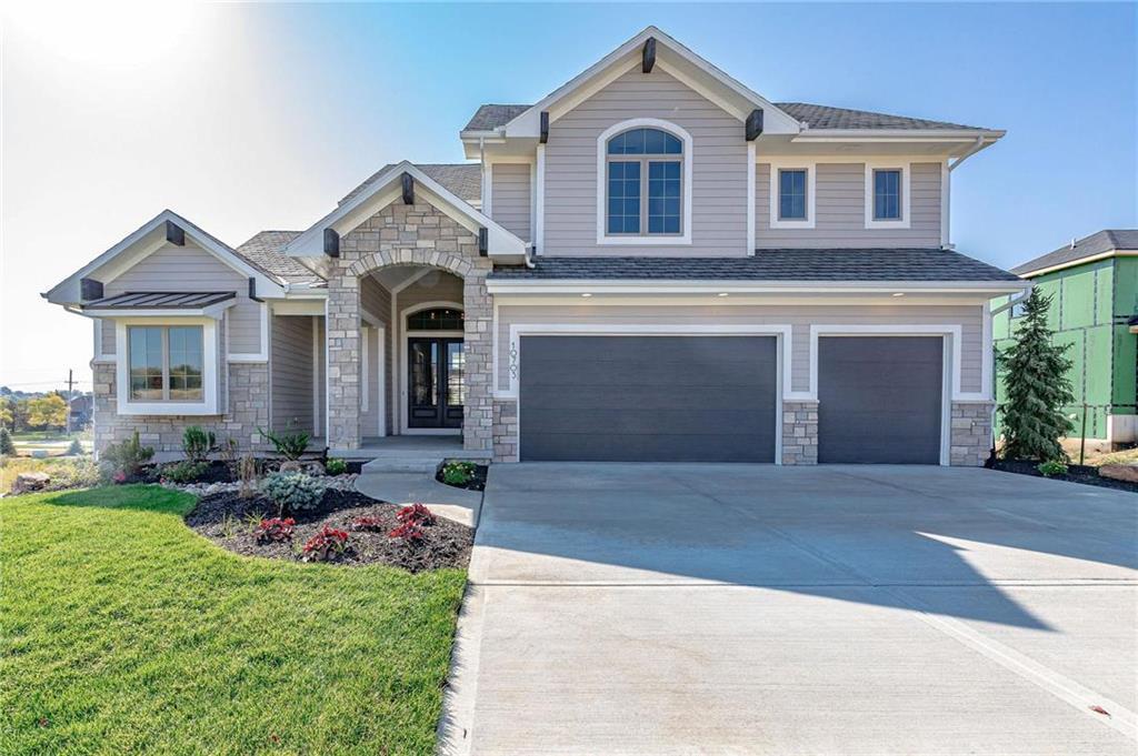 10703 W 142nd Terrace Property Photo - Overland Park, KS real estate listing